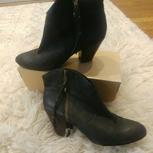 Ash Black Leather western look boots booties